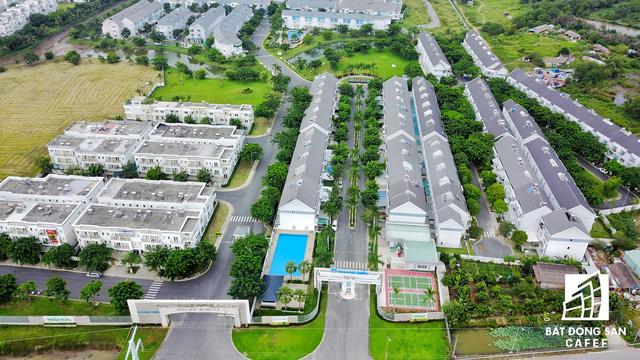 Cụm dự án Mega Residence của Khang Điền ở quận 9, tọa lạc ngay các con phố dẫn lên tuyến xa lộ TP.HCM - Long Thành - Dầu Giây.