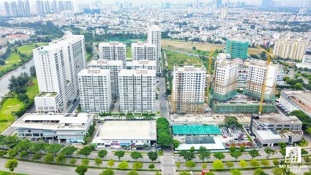 Cụm dự án Senic Valley nằm tại trục đường Nguyễn Văn Linh - trung tâm tài chính sôi động nhất khu Phú Mỹ Hưng.
