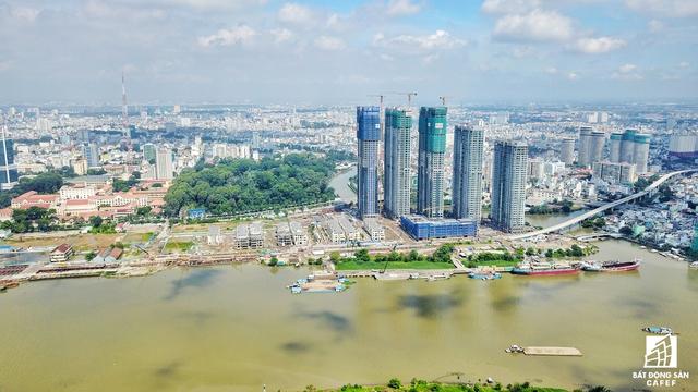 Toàn cảnh Tổ hợp cao cấp nhìn từ khu đô thị Thủ Thiêm