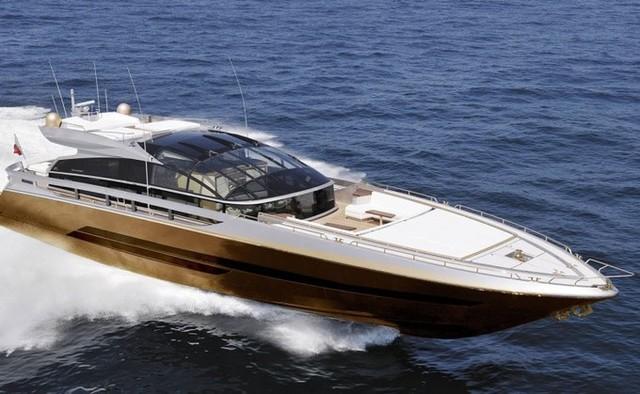 2. Du thuyền History Supreme - 4,8 tỷ USD: Hay còn được gọi là Baia 100 Supreme có thể coi là chiếc du thuyền độc đáo nhất. Nó là tác phẩm của chuyên gia thiết kế đồ xa xỉ nổi tiếng thế giới Stuart Hughes. Theo giá thị trường du thuyền trị giá khoảng 4,8 tỷ USD. Nó thuộc sở hữu của một tỷ phú USD người Malaysia.