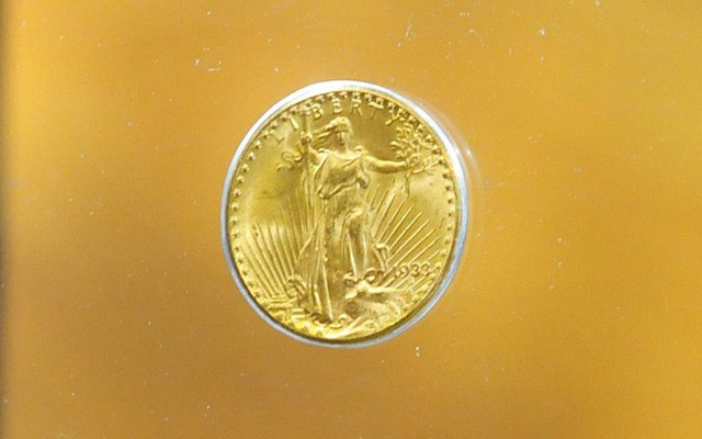 Đồng xu Double Eagle bằng vàng được bán đấu giá 7,6 triệu USD.