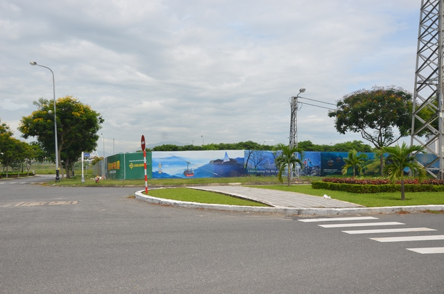 Tổ hợp này sẽ được xây dựng tại khu đất nằm ở giao lộ 2 mặt tiền đường lớn của trung tâm thành phố Đà Nẵng.