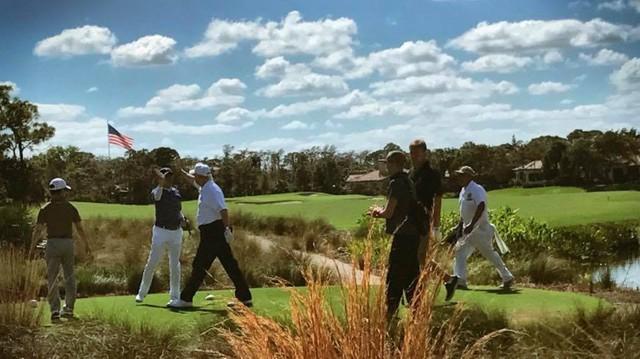 Ông Trump chơi golf cùng Thủ tướng Nhật Shinzo Abe tại Palm Beach hồi tháng 2. Ảnh: Donald J. Trump/Facebook.