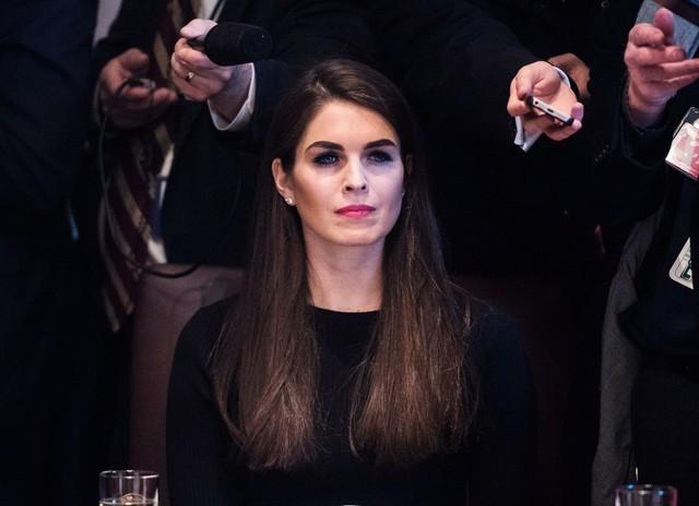 Người quản lí cũ của cô, Matthew Hiltzik, cho rằng Hicks có những phẩm chất đặc biệt.