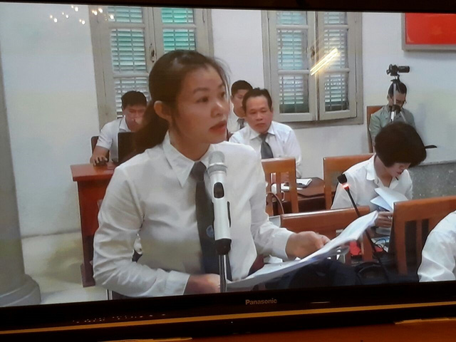 Phiên tòa sáng 15/9: Luật sư đề nghị trả hồ sơ điều tra bổ sung về khoản tiền quy buộc Nguyễn Xuân Sơn chiếm đoạt - Ảnh 2.