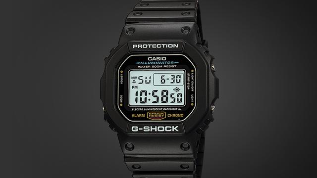 Casio G-Shock không phải loại đồng hồ cơ khí được nhiều người ưu ái. Nhưng thực chất Casio nó chính là kẻ thay đổi cuộc chơi, một sản phẩm mang tính đột phá. Tác giả ý tưởng của dòng đồng hồ này là Kikuo Ibe, một kỹ sư của Casio. Mục tiêu của ông là phát minh ra chiếc đồng hồ có thể chịu được lực rơi ở độ cao 10m, chống nước 100 mét và có tuổi thọ pin 10 năm. Ibe và nhóm dự án của mình đã mất 3 năm, dựng khoảng hơn 200 nguyên mẫu trước khi cho ra đời sản phẩm thành công vào năm 1983. Ngay nay, G-Shock Casio trở thành mẫu đồng hồ của những người ưa phiêu lưu, khám phá và thể thao mạo hiểm.