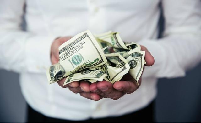 Chỉ tập trung tiết kiệm không giúp bạn giàu hơn.