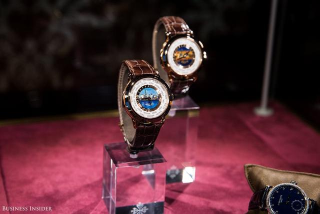Đây là một trong những mẫu đồng hồ đặc biệt, được sản xuất để kỉ niệm sự kiện triển lãm của hãng Patek Philippe.