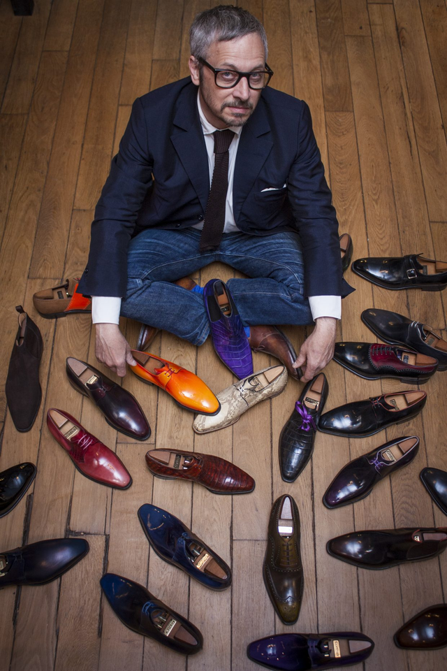Bậc thầy về sản xuất giày thủ công người Pháp Pierre Corthay.