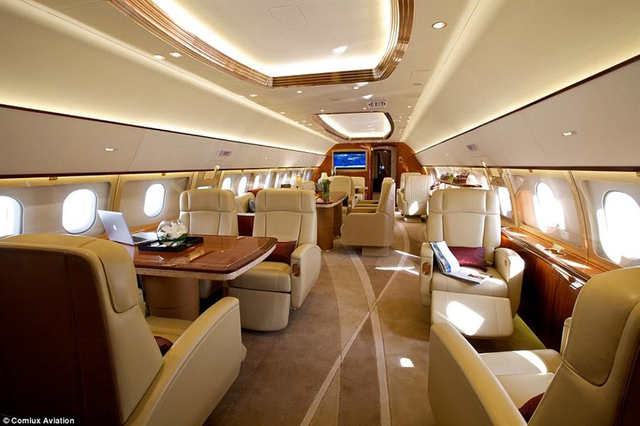 Chỉ có những người siêu giàu mới đủ khả năng chi trả cho những chuyến bay đắt đỏ với đầy đủ tiện ích.