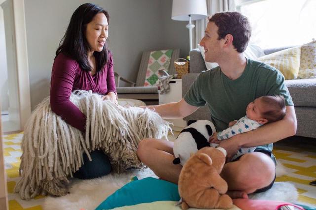 Ông chủ Facebook là người chồng, người cha chu đáo.