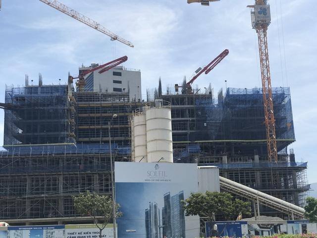 Dự án Soleil với tòa tháp cao nhất miền Trung vào thời điểm công bố dự án nằm trên mặt tiền đường Võ Nguyên Giáp - Phạm Văn Đồng.