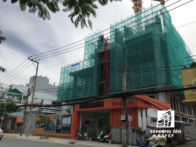 Dự án 22 tầng bao gồm 5 tầng thương mại, 2 tầng hầm và 15 tầng căn hộ.