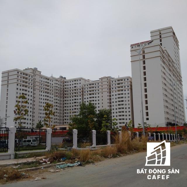 Các khu nhà đã cơ bản hoàn thành để bàn giao nhà cho người dân.