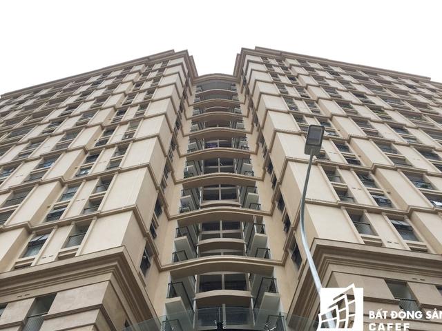 Các căn hộ tại đây có giá bán từ khoảng 50 triệu đồng/m2. Căn hộ rộng nhất tại dự án này lên tới 15-16 tỷ đồng.