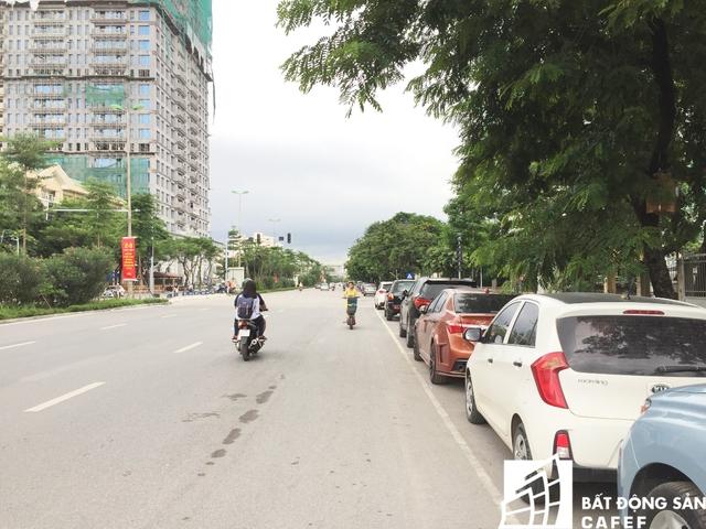 Nằm ở vị trí đắc địa đối diện công viên Nghĩa Đô, mỗi m2 căn hộ Palais De Louis Nguyễn Văn Huyên từng được rao bán với giá trên 100 triệu đồng.