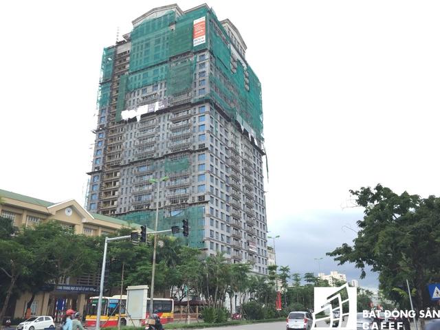 Toà nhà đang trong giai đoạn hoàn thiện.