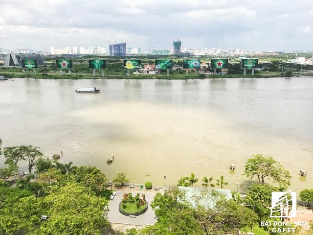 Thủ Thiêm nhìn từ hướng Bến Bạch Đằng - quận 1, TP.HCM