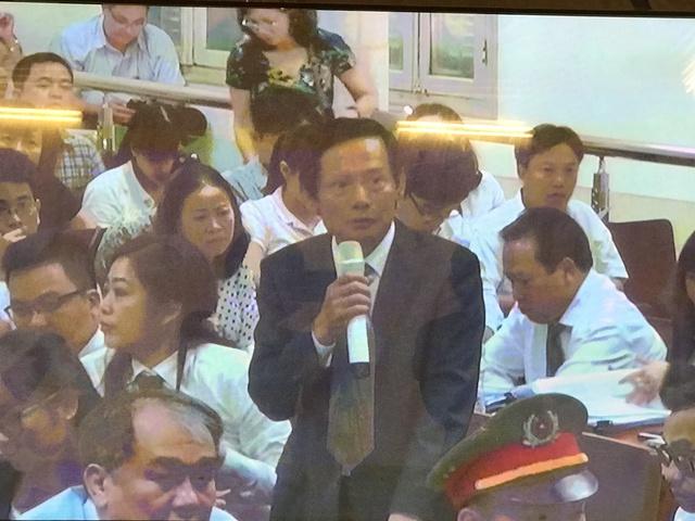 Xét xử vụ Hà Văn Thắm sáng 28/8: Bị cáo Hứa Thị Phấn mất sức khỏe tới 93%, Phạm Công Danh cũng bệnh nặng - Ảnh 1.