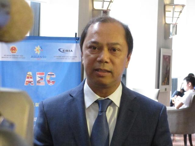 Ông Nguyễn Quốc Dũng, Thứ trưởng Bộ Ngoại giao.