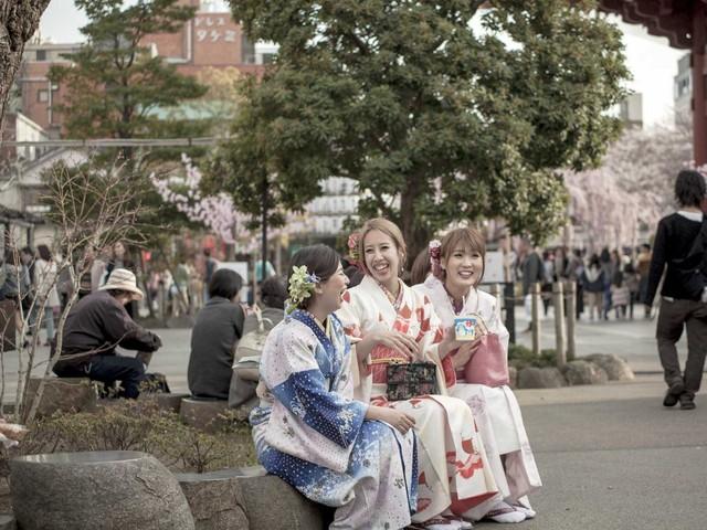 Người Nhật rất hòa nhã và lịch thiệp.