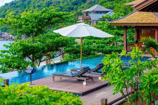 Sun Peninsula Residence Villa cung cấp những dịch vụ tiện ích sang trọng, đẳng cấp.