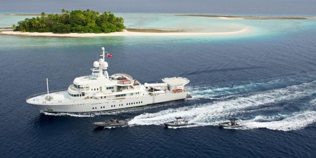 Chiếc du thuyền vị tỷ phú sắm vào năm 2011 có giá 45 triệu USD.