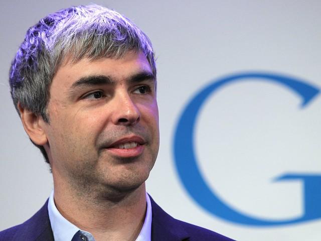 CEO Larry Page của công ty Alphabet có bằng cử nhân khoa học máy tính của trường Đại học Michigan và thạc sĩ khoa học máy tính của Đại học Stanford.
