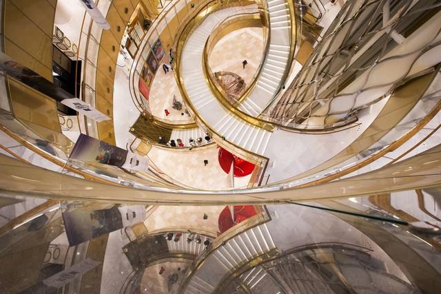 Thiết kế sang trọng bên trong công trình, với kỳ vọng thu hút 50 triệu lượt khách viếng thăm.