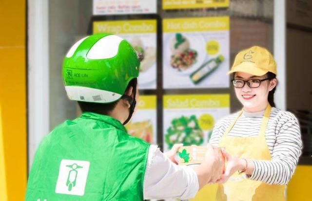Giao hàng thu tiền (COD) vẫn là hình thức phổ biến, chiếm tới 90% giao dịch thương mại điện tử tại Việt Nam.