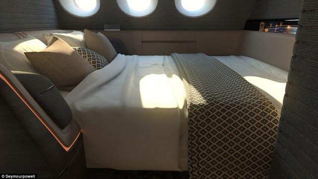 Ngoài ra còn có phòng ngủ hiện đại, màn hình tivi 42 inch và hệ thống dịch vụ thông minh để đáp ứng yêu cầu của khách.