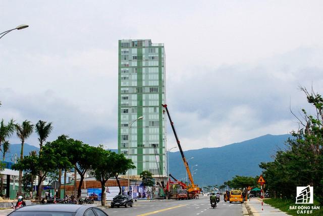 Thị trường bất động sản (BĐS) căn hộ khách sạn (condotel) tại Đà Nẵng thực sự tăng trưởng nóng bởi nguồn cung không ngừng tăng mạnh. Giao dịch BĐS condotel cũng tăng theo.