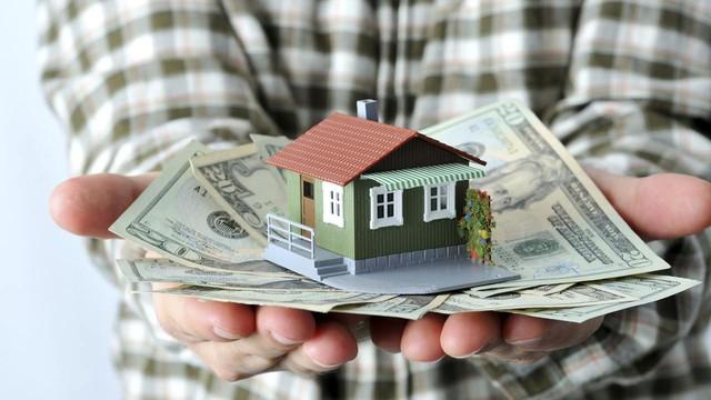 Khi bạn lập gia đình, việc tiết kiệm cho tự do tài chính gặp khó khăn hơn vì bạn cần gánh vác thêm nhiều trách nhiệm.