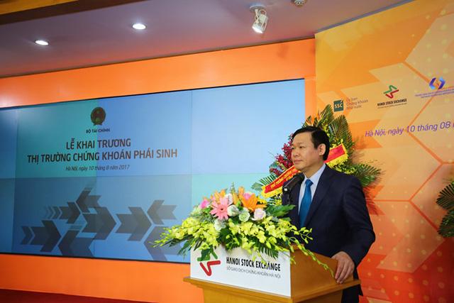 Phó Thủ tướng Vương Đình Huệ phát biểu tại Lễ ra mắt thị trường chứng khoán phái sinh.