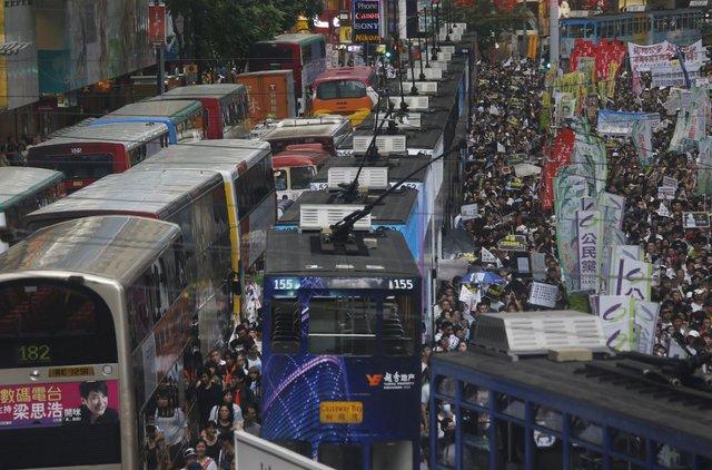 Tình trạng tắc nghẽn cũng thường xuyên xảy ra ở Đặc khu Hành chính Hồng Kông. Ảnh: AP