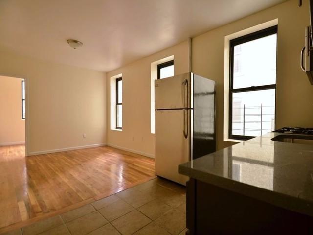 Với 984 USD/tháng, bạn có thể thuê được một căn hộ rộng rãi giữa lòng New York với 3 phòng ngủ, 1 phòng tắm.