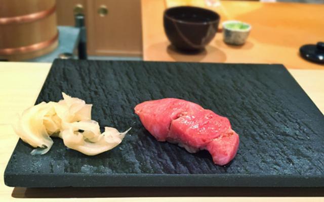 Thịt cá ngừ Nhật Bản cũng siêu đắt đỏ, chỉ các đại gia mới được thưởng thức (Ảnh: foodbeast)