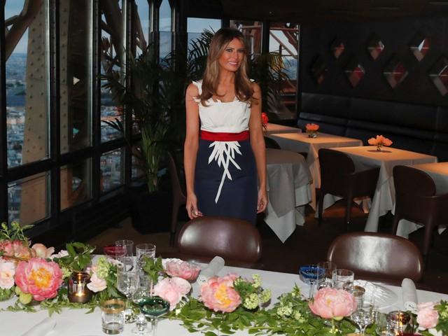 Đệ nhất phu nhân Mỹ Melania tại bữa tiệc. Toàn bộ nhà hàng được bao trọn để đảm bảo an ninh. Ảnh: Reuters