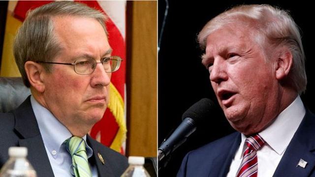 Kế hoạch giới hạn quyền lực của Văn phòng Đạo đức Quốc hội do nghị sĩ Bob Goodlatte (trái) khởi xướng, vấp phải sự chỉ trích của Tổng thống đắc cử Trump. Ảnh: AP
