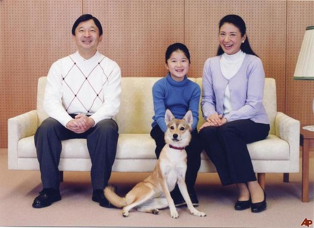 Công chúa Aiko là cô con gái độc nhất của Thái tử Naruhito và Thái tử phi Masako.