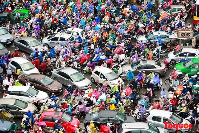 Tập đoàn Vingroup tài trợ toàn bộ cho cuộc thi tìm giải pháp chống ùn tắc giao thông Hà Nội. Ảnh minh họa: Nam Nguyễn