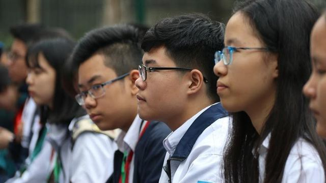 Học sinh trường THCS Nghĩa Tân (Hà Nội) trong một buổi khai mạc cuộc thi về tiếng Anh. Ảnh: Thanh Hùng