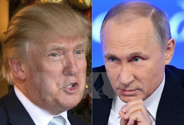 Tổng thống đắc cử Mỹ Donald Trump (trái) và Tổng thống Nga Vladimir Putin. (Nguồn: AFP/TTXVN)