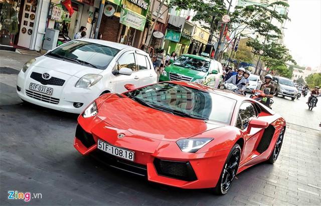 Lamborghini Aventador không quá khó sử dụng như nhiều người vẫn nghĩ. Ảnh: TNTBros.