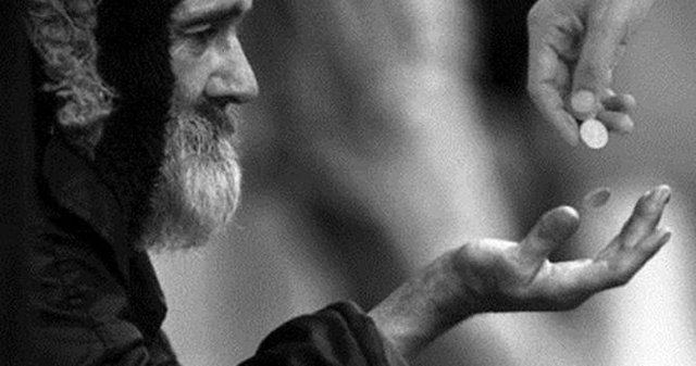Chàng trai nghèo, lão ăn xin và một đồng xu: Đọc và ngẫm, ai cũng rút ra được bài học ý nghĩa cho mình
