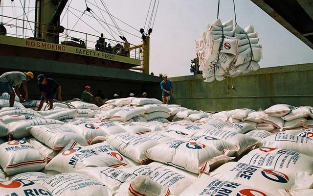 Xuất khẩu gạo đạt doanh thu 2,1 tỷ USD