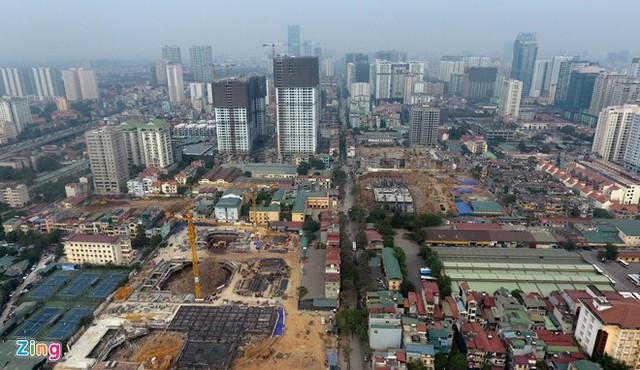 Nhiều chung cư trên trục đường Nguyễn Tuân, Vũ Trọng Phụng bị chỉ ra vi phạm liên quan đến xây dựng, quy hoạch, an toàn phòng cháy chữa cháy. Ảnh minh họa: Tiến Tuấn.