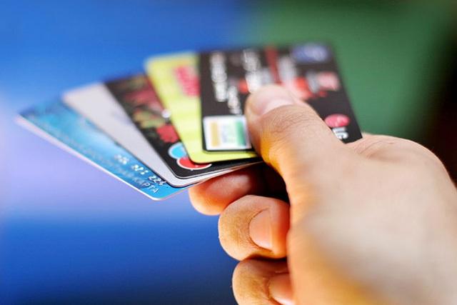 Người dân ngày càng trở nên ưa chuộng các thanh toán điên tử hơn là tiền mặt