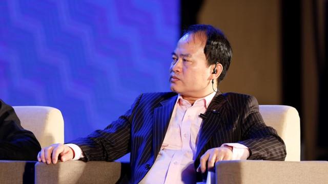 Ông Lâm Minh Chánh điều phối Tọa đàm. Ảnh: Chu Văn Hoàn