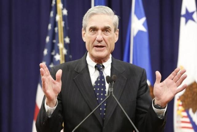Cựu giám đốc FBI Mueller. Ảnh: Reuters.